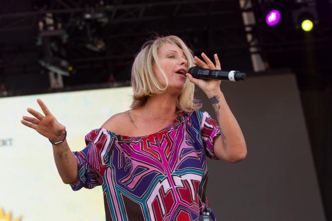 Michelle - Live @ Mönchengladbach Olé
