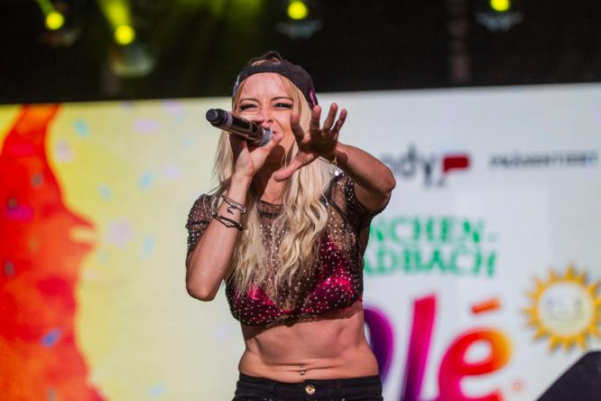 Mia Julia - Live @ Mönchengladbach Olé