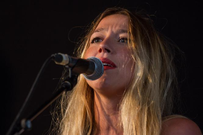 Hanna Leess - Live @ Open Air am Tanzbrunnen, Köln